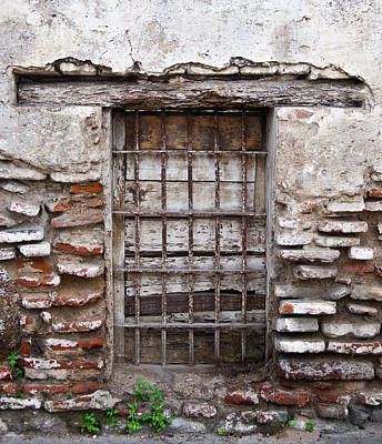 Grate Photograph - Decaying Wall And Window Antigua Guatemala 3 by Douglas Barnett