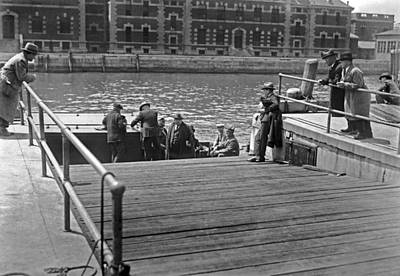 Anticipation Photograph - Deportees Leaving Ellis Island by Underwood Archives