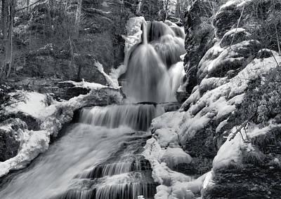 Dingmans Falls In Winter Print by Stephen  Vecchiotti