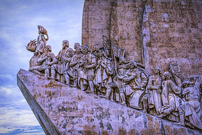 Stone Memorial Photograph - Discoveries Monument by Joan Carroll