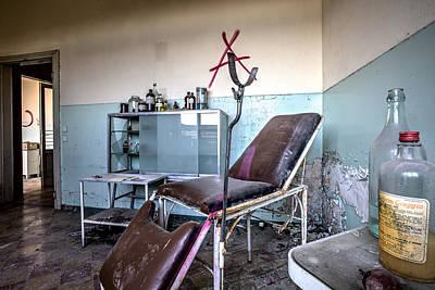 Dirk Photograph - Doctor Chair Awaits Patient - Urbex by Dirk Ercken