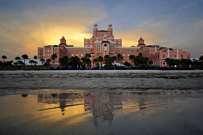 Don Cesar Reflection Print by David Lee Thompson