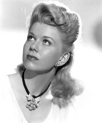 1940s Hairstyles Photograph - Doris Day, Ca. Mid-1940s by Everett
