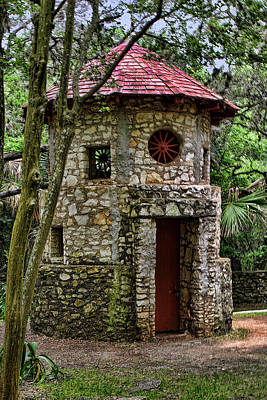 Dove Digital Art - Dove Hunting Tower by Linda Phelps