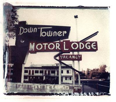 Down Towner Print by Jane Linders