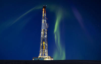 Winter Night Photograph - Drilling Rig Saskatchewan by Mark Duffy