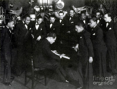 harlem renaissance and the example of duke ellington a jazz musician The harlem renaissance,  including bandleader edward duke ellington  by far the greatest jazz musician of the 1920s was louis armstrong,.