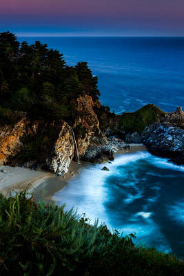 Big Sur California Photograph - Dusk In The Cove by Dan Holmes