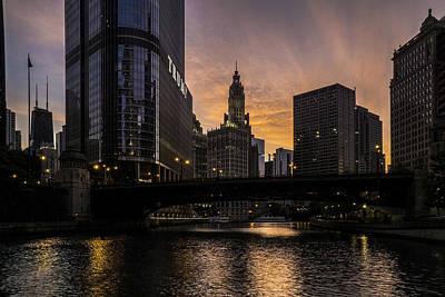 early morning orange sky on the Chicago Riverwalk Print by Sven Brogren