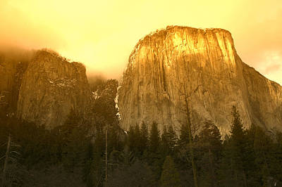 Golden Light Photograph - El Capitan Yosemite Valley by Garry Gay