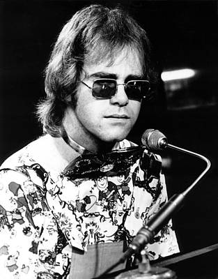 Elton John Photograph - Elton John 1970 #1 by Chris Walter