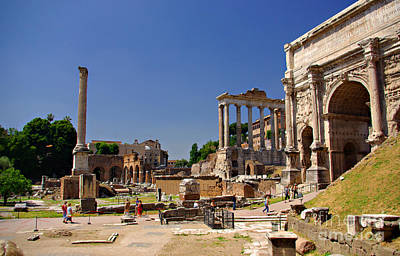 Photograph - Emperor Phocas Column, Temple Of Saturn And Arch Of Septimius by Rich Walter