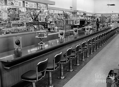Empty Diner, C.1950-60s Print by H. Armstrong Roberts/ClassicStock