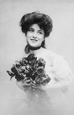 Choker Photograph - Evelyn Nesbit 1884-1967, A Beautiful by Everett