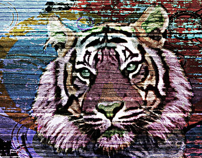 Eyes Of The Tiger Print by Maria Arango