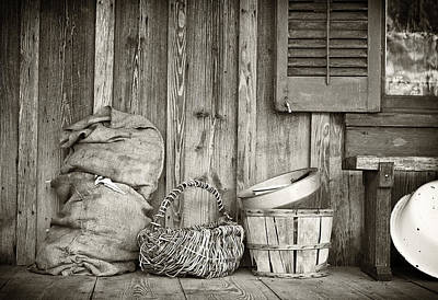 Pioneer Homes Photograph - Farmers Porch by Patrick M Lynch