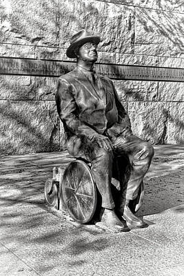 Fdr Memorial Sculpture In Wheelchair Print by Olivier Le Queinec