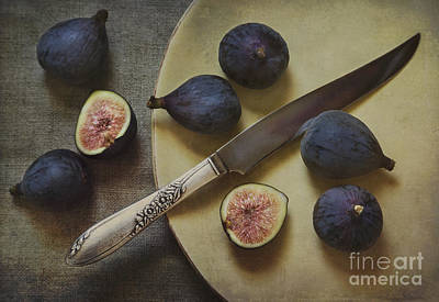 Figs On A Plate Print by Elena Nosyreva