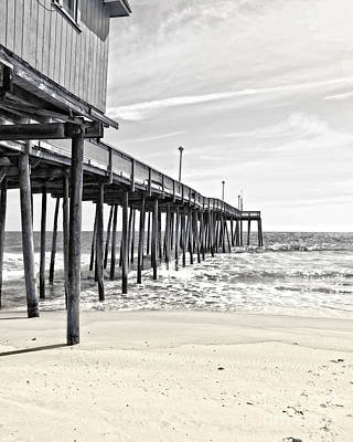 Pier Photograph - Fishing Pier In Black And White by Tom Gari Gallery-Three-Photography