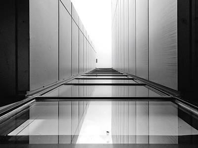 Perspective Photograph - Fly by Henk Van Maastricht