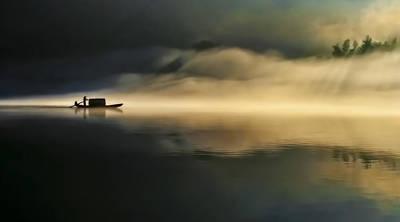 Oar Photograph - Fog Sprinkle The East River by Hua Zhu