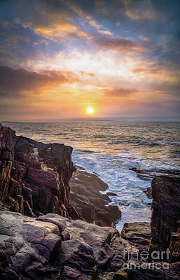 Bailey Island Photograph - Foggy Sunrise From The Giant Stairs by Benjamin Williamson