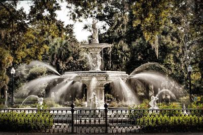 Forsythe Fountain Savannah Print by Diana Powell
