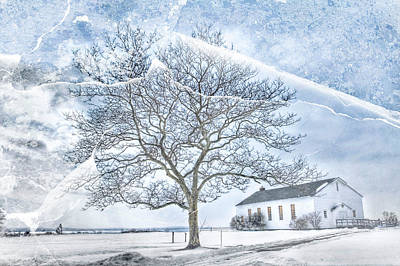 Base Path Photograph - Fort Hancock Chapel by Geraldine Scull