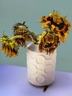 Four Sunflowers In Vase Tournesols Print by William Dey