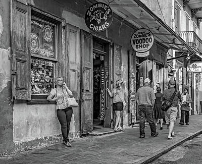 French Quarter - People Watching Bw Print by Steve Harrington