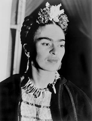 Necklace Photograph - Frida Kahlo 1907-1954, Mexican Artist by Everett