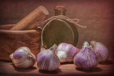 Mortar Photograph - Garlic Bulbs by Tom Mc Nemar
