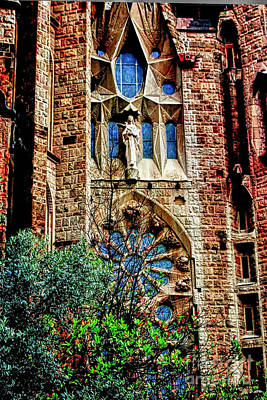 Barcelona Digital Art - Gaudi Barcelona by Tom Prendergast