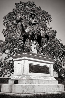 Confederate Monument Photograph - Gettysburg National Park John Fulton Reynolds Monument by Olivier Le Queinec