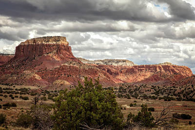Keef Photograph - Ghost Ranch Scenery by Diana Powell