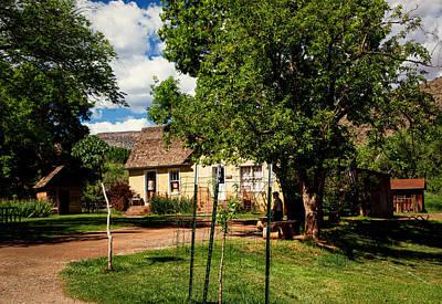 Pioneer Homes Photograph - Gifford Homestead  by John Hesley