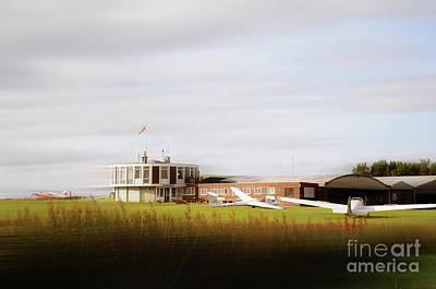 Sutton Digital Art - Gliding Club by Kate Sadler