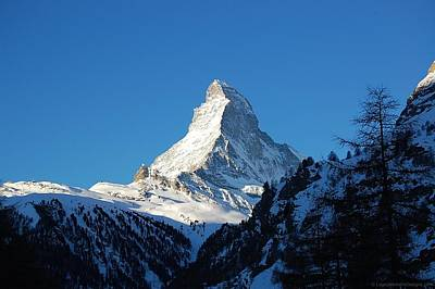 Photograph - Glowing Matterhorn by Leslie Thabes