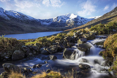 Beautiful Vistas Digital Art - Glyder Fawr Range by Ian Mitchell