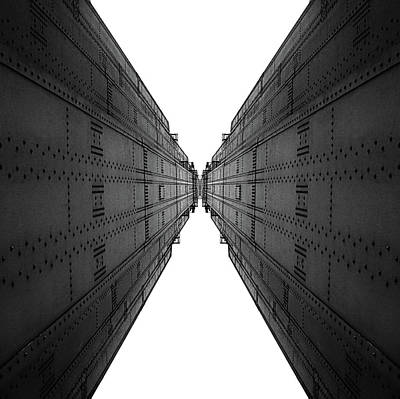 Golden Gate Bridge Black And White Reflection Print by Pelo Blanco Photo