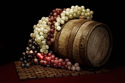 Wine Art Photograph - Grapes And Wine Barrel by Tom Mc Nemar