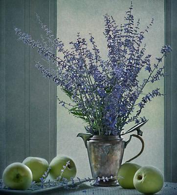 Green Apples In The Window Print by Maggie Terlecki
