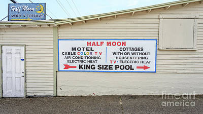 Handpainted Photograph - Half Moon Motel And Cottages Weirs Beach New Hampshire by Edward Fielding