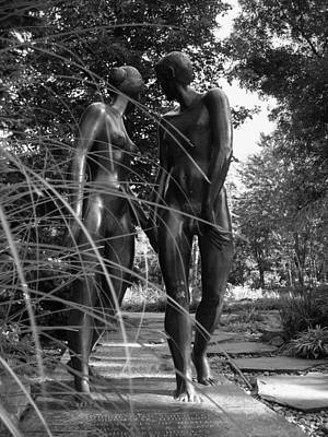 Black And White Nude Couple Photograph - Hand In Hand by Juergen Weiss