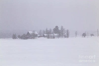 Maine Farmhouse Photograph - Highland Road Barn In The Snow by Benjamin Williamson