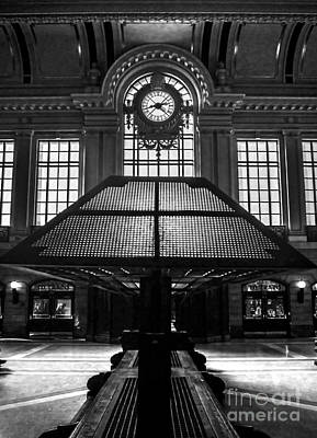 Balck Art Photograph - Hoboken Terminal Waiting Space by James Aiken