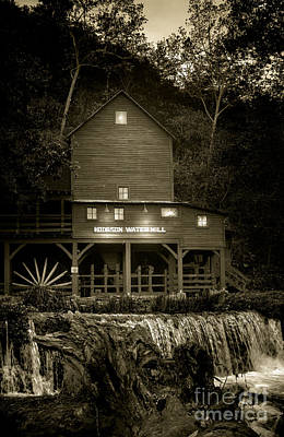 Old Mills Photograph - Hodgson Gristmill by Robert Frederick
