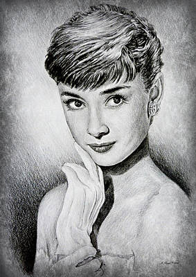 Audrey Hepburn Drawing - Hollywood Greats Audrey Hepburn by Andrew Read
