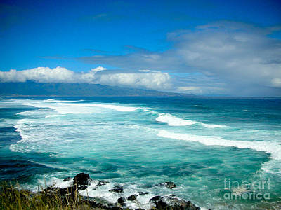 Hookipa Beach  Print by Kelly Wade