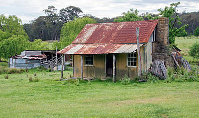 Farms-n-barns Photograph - Humble Home by Nicholas Blackwell